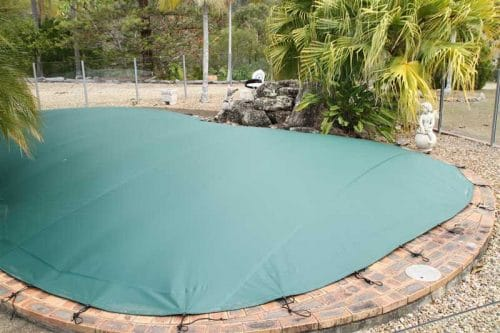 How To Keep Your Pool Clean Through The Winter