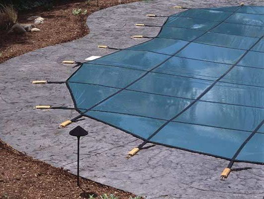how to keep pool cover on above ground pool
