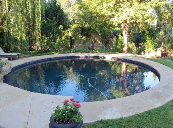 pool design for small backyard