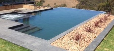5 Things You Need to Know About Buying a Home With a Pool