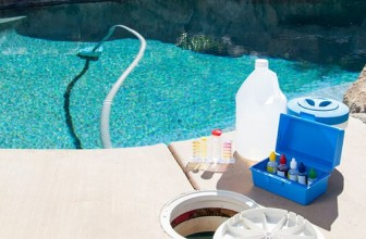 How To Use Swimming Pool Chemicals
